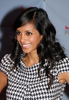 Collien Fernandes - Jetix-Award - YOU 2008 Berlin (6848).jpg