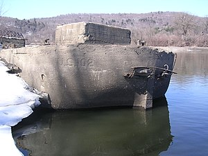 Type B ship - Concrete Barge, US-102, in the Erie Canal