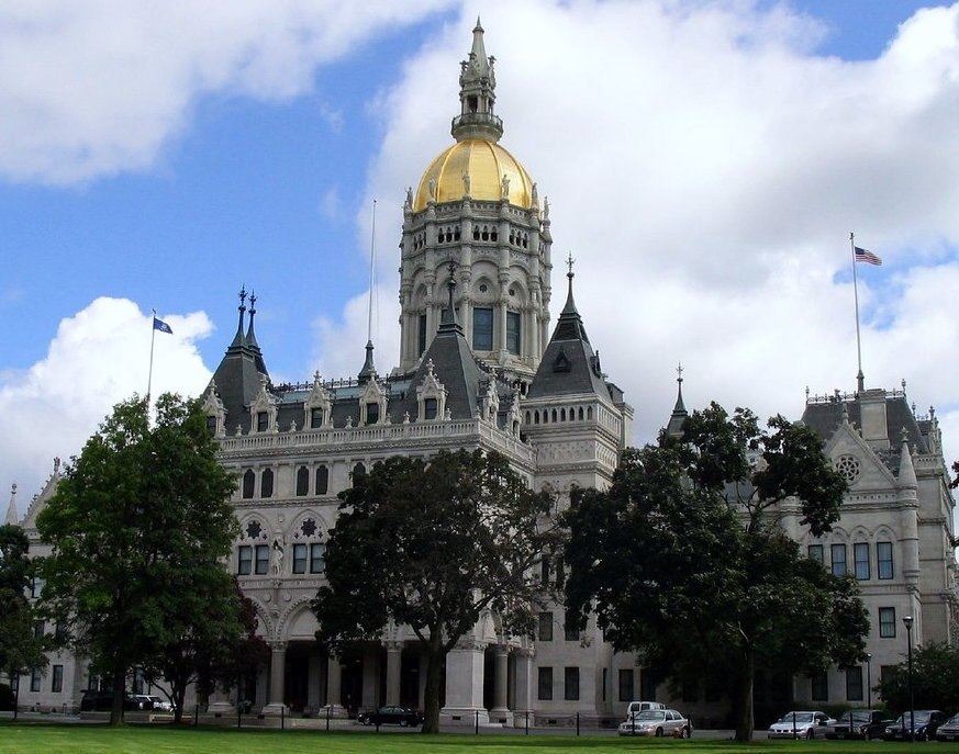 Connecticut State Capitol, Hartford (cropped)