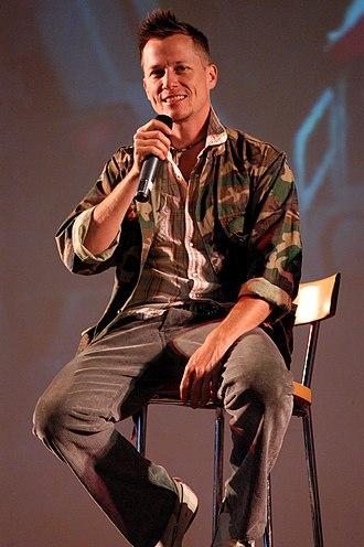 Stargate fandom - Corin Nemec at Gatecon in 2006