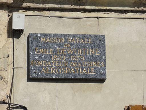Crépy (Aisne) plaque maison natale Emile Dewoitine