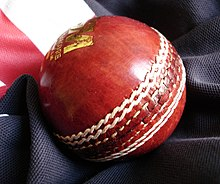 http://upload.wikimedia.org/wikipedia/commons/thumb/1/1d/Cricket_ball_G%26M.jpg/220px-Cricket_ball_G%26M.jpg
