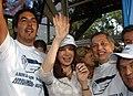 Cristina Fernández junto a trabajadores de Aerolíneas Argentinas y Austral.jpg