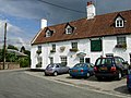 Crown Inn, Mundford - geograph.org.uk - 222636.jpg