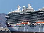 Crucero Britannia, Puerto de Santa Cruz, Tenerife, España, 2015.JPG