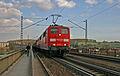 DB 151 041 01 Mariaorter Eisenbahnbrücke.JPG