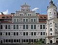 DD-Schlosshof-1.jpg