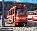 DOD vozovna Motol, tramvaj 5572, zepředu.jpg