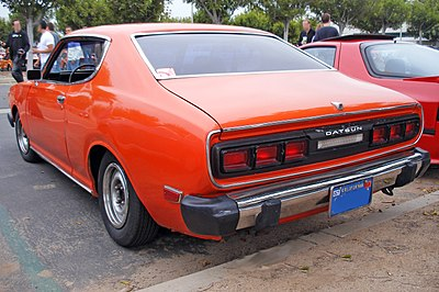 400px-Datsun_610_HT_lowered_rear.jpg