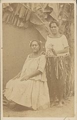 Daughters of Cakobau, photograph by Francis H. Dufty.jpg