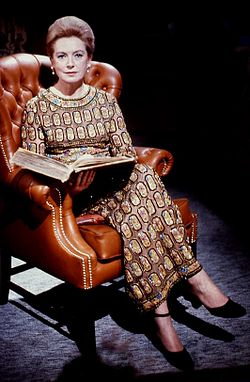 Deborah Kerr colour Allan Warren.jpg