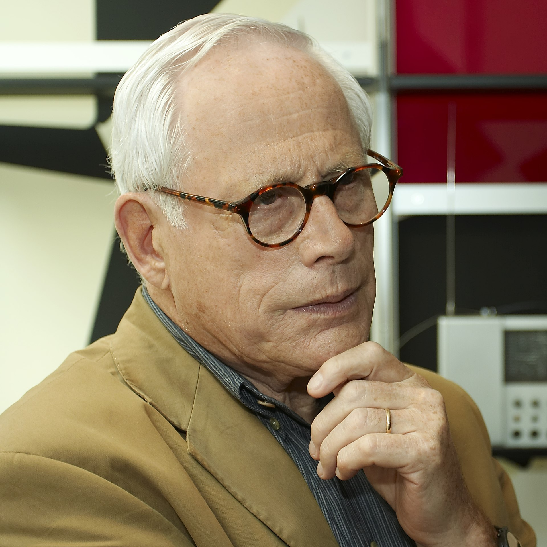 dieter rams wikipedia. Black Bedroom Furniture Sets. Home Design Ideas