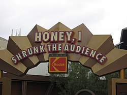 Disneyland-HoneyShrunkAud-sign.jpg