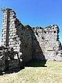 Donjon château d'Aubusson.jpg