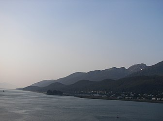 Douglas Island from Gastineau Channel, Alaska 2.jpg