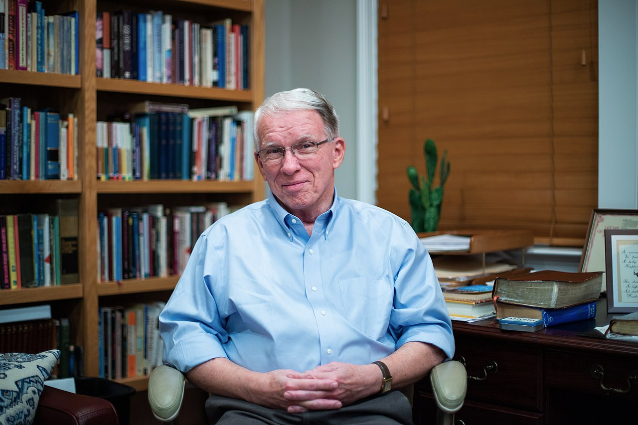 Larry Crabb, Bible Teacher, Psychologist, Author and Professor at Colorado Christian University, Dies at 76