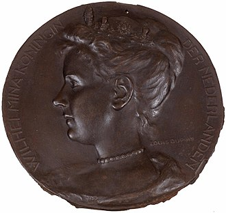 Wilhelmina of the Netherlands - Medal depicting Queen Wilhelmina