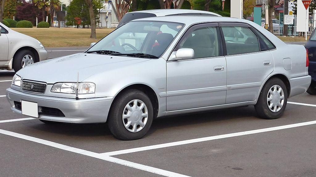 Foto di Toyota Sprinter - Foto di auto