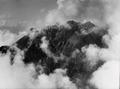 ETH-BIB-Pilatus mit Wolken verhangen v. N. aus 2000 m-Inlandflüge-LBS MH01-000309.tif