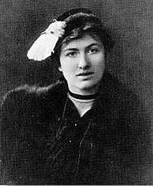 Edith Södergran på ett fotografi från omkring 1918
