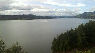 Tominé Reservoir - Image: Embalse de Tominé