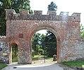 Enceinte Château Richemont Villette Ain 9.jpg