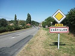 Entrée de Châtillon par la D 945, direction Moulins 2018-08-15.JPG