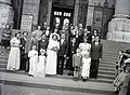 Esküvői csoportkép, 1948 Budapest. Fortepan 104854.jpg