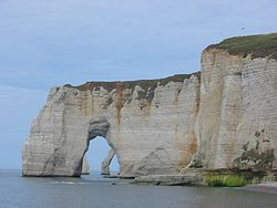 Etretat Cliffs 6.jpg