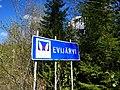 Evijärvi municipal border sign.jpg