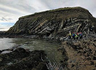 Exceptional folds during the Girls into Geoscience inaugural Irish Fieldtrip.jpg