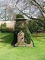 Falkland Palace garden - panoramio.jpg