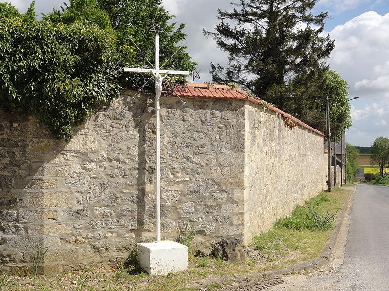 Faucoucourt (Aisne) croix de chemin (nord)