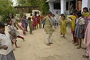Filles jouant à la marelle, Jaura, Inde