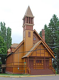 First Congregational Church Lake Linden MI 2009.jpg