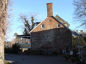 Wentworth–Grinnan House - Flemish bond brickwork, c.1752