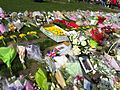 Flowers for the Westminster Attack Parliament Square, 27 March 2017 (33301051930).jpg