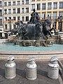 Fontaine Bartholdi - Après remise en eau et pots à lait.jpg
