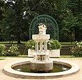 Fontanna ogrog w lancucie pl.jpg