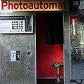 Fotoautomat am Kottbusser Tor in Kreuzberg, Berlin, 2019.jpg