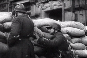 French troops barricades2 paris 1940.png
