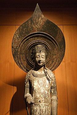 ルーブル美術館で法隆寺の百済観音像を公開