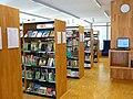 Gemeindebibliothek Ismaning Innenraum 26.04.12 (01).jpg
