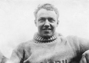 George Robertson (racing driver) - Robertson after his 1908 Vanderbilt Cup win.
