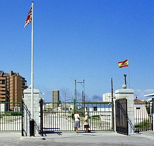 History of nationality in Gibraltar - The closed Spanish gate at the border between Gibraltar and Spain, 1977