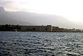 Girne Festung vom Meer aus.jpg