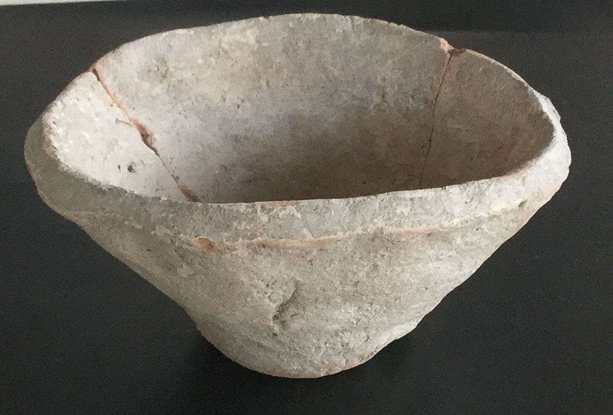 Beveled Rim Bowl Wikipedia