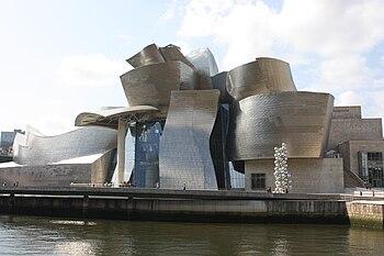 Guggenheim Museum%2C Bilbao%2C July 2010 %2806%29