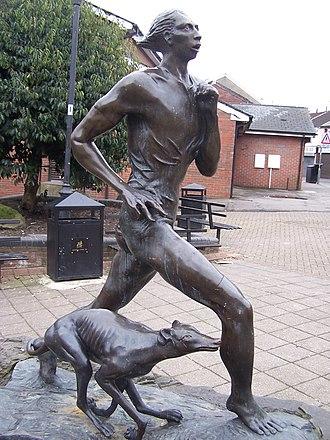 Guto Nyth Brân - Guto Nyth Bran statue, Oxford Street, Mountain Ash, Wales