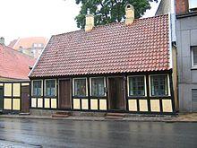 5b0bb2e6ae8 Hans Christian Andersen Signature.svg. Anderseni lapsepõlvekodu Odenses